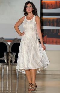 Elegantní společenské šaty vhodné i jako svatební šaty