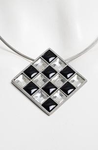 Náhrdelník na kovovém lanku hematit a krystal