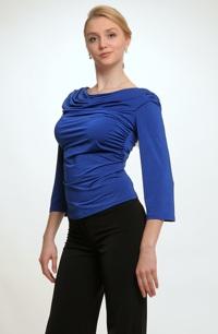 Společenská halenka z pleteniny v jasné modré