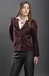 Elegantní dámské sako pro společenské příležitosti.