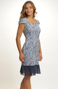Dámské krajkové společenské šaty