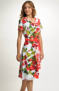Letní společenské šaty s červeným vzorem