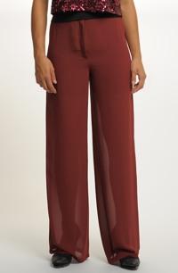 Kalhoty v rezavo vínové barvě