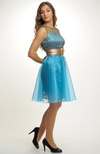 Sukně na šaty z tyrkysové organzy.