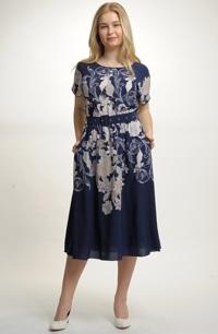 Letní šifonové šaty s módním vzorem