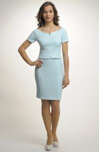 Dámský kostýmek v pastelové barevnosti - top, sukně
