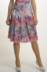 Elegantní sukně se sklady