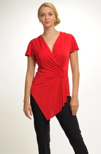Červená elastická tunika