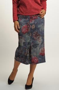 Úzká pleteninová sukně midi