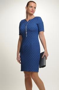 Nadčasové elegantní dámské koktejlové šaty 11967ad782
