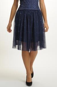 Krátká tylová sukně na ples