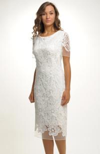 Svatební šaty z luxusní krajky vhodné i pro plnoštíhlé