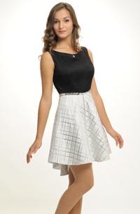 Černobílé šaty vhodné na ples i na párty