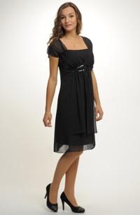 Jednoduché elegantní šaty