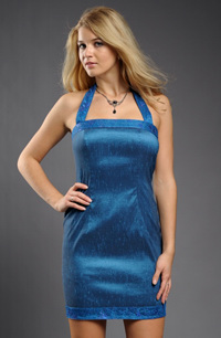 Taftové elastické šaty za krk