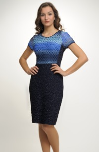 Pouzdrové šaty na přednm dílu s barevnou krajkou