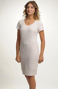 Elegantní pouzdrové šaty vhodné na svatbu
