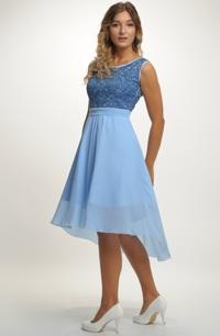 Krátké společenské šaty s živůtkem z plastické tkaniny e22eceef849