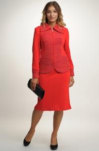 Elegantní dámský pletený kostýmek vhodný i jako společenský