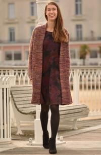 Hřejivý kabát s šálovým límcem z mohérové melírované pleteniny.