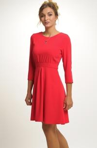 Dámské červené šaty v retro stylu se sedýlkem