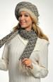 Pletený baret s šálou