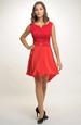 Červené šaty na svatbu i do tanečních