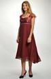 Šifónové šaty v empírovém střihu