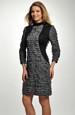 Krátké šaty z volánkové pleteniny