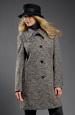 Krátký dámský kabát se zvířecím motivem
