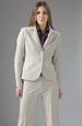 Dámský kalhotový kostýmek ve světle šedé barvě