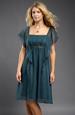 Šaty se stuhou stahující řasení na živůtku