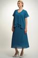 Společenský model šatů