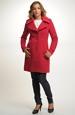 Krátký červený červený kabátek