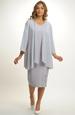 Šaty s asymetricky řešeným vzorem