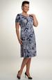 Společenské šaty s řasením na boku