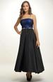 Plesové korzetové šaty s bohatou sukní