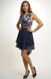 Dívčí šaty s bohatou sukní