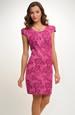 Šaty s plastickým modním vzorem