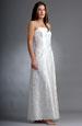 svatební šaty s bohatou výšivkou