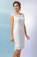 Krajkové šaty vhodné i jako svatební