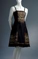 Princesové černé šaty se vzorem