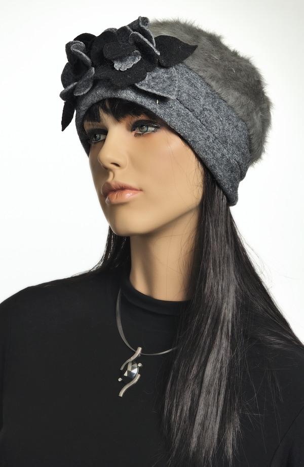 8e0d250837a Dámský klobouk - čepice z angory Dámský klobouk - čepice z angory