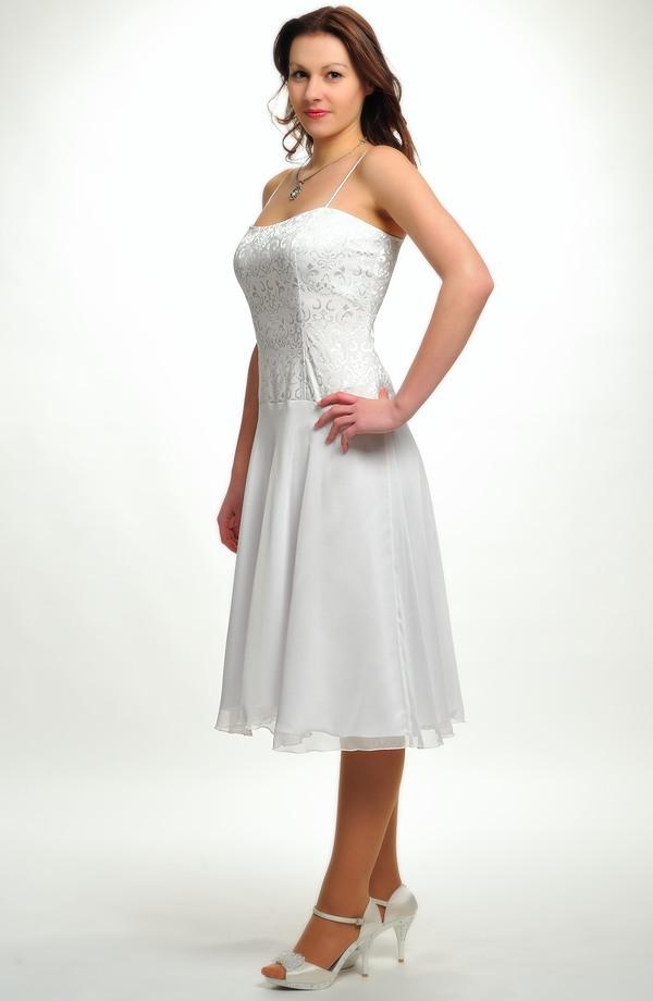 0b73a1d8a2a Elastické krátké korzetové šaty s kolovou sukýnkou vhodné na svatbu.