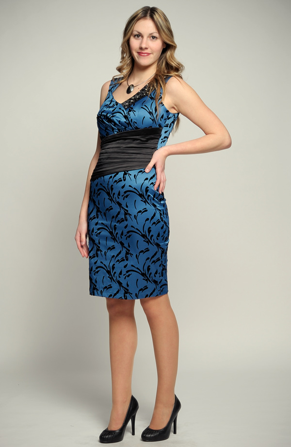 32f64ea1740 Elegantní dívčí modré koktejlové šaty - SLEVA. Vel. 36.