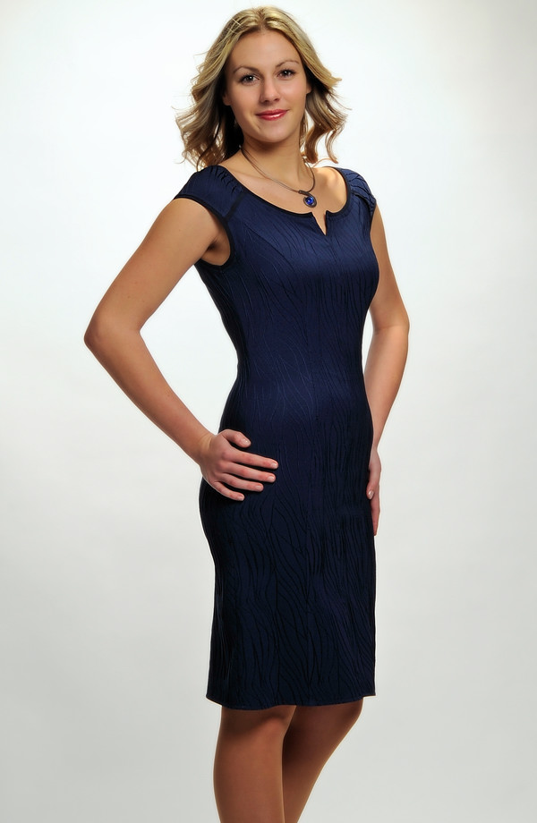 884bd5ea87cf Nadčasové elegantní dámské koktejlové šaty v různých barvách a velikostech  - L