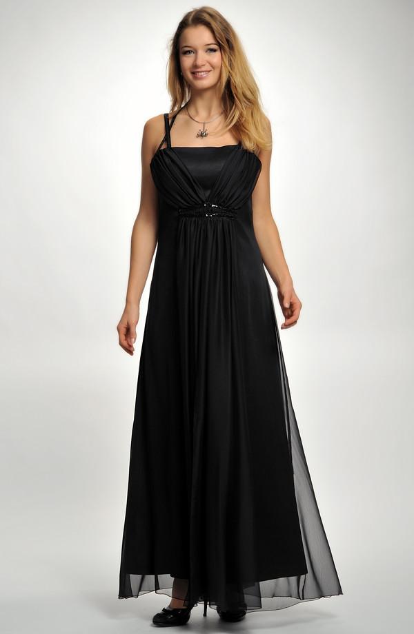 ... 38 Dlouhé černé plesové šaty na ozdobná ramínka 5741a7886e