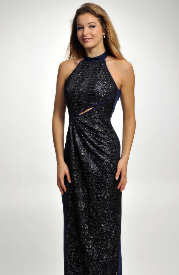 2e1fb834e82 Dlouhé dámské společenské plesové šaty v modré kombinaci barev.
