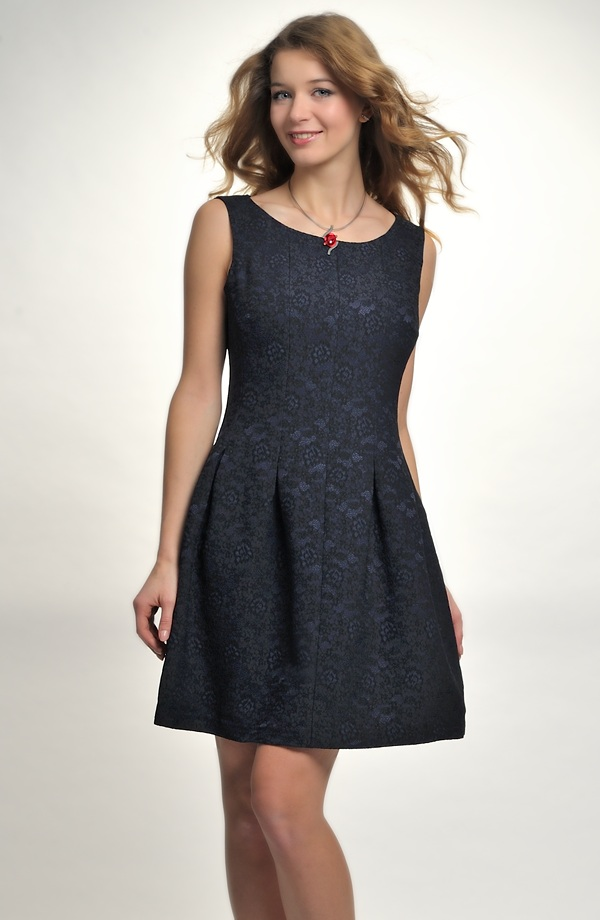 Společenské retro šaty se sukní se sklady ... f8d79c9c6b