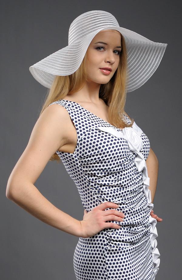 Letní klobouk bílý nebo smetanový ... 63f222a488